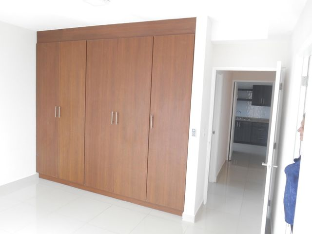 PANAMA VIP10, S.A. Apartamento en Alquiler en El Cangrejo en Panama Código: 17-6245 No.6