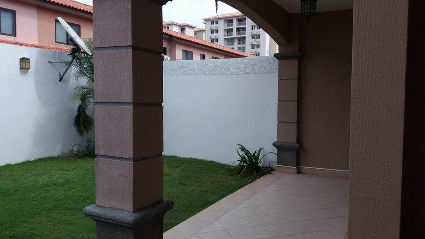 PANAMA VIP10, S.A. Casa en Venta en Versalles en Panama Código: 17-6246 No.6