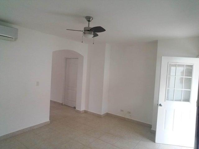 PANAMA VIP10, S.A. Casa en Venta en Versalles en Panama Código: 17-6246 No.8