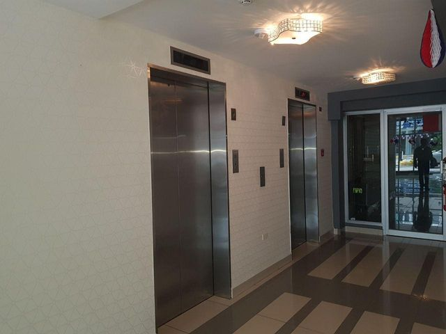 PANAMA VIP10, S.A. Apartamento en Venta en Obarrio en Panama Código: 17-6263 No.2