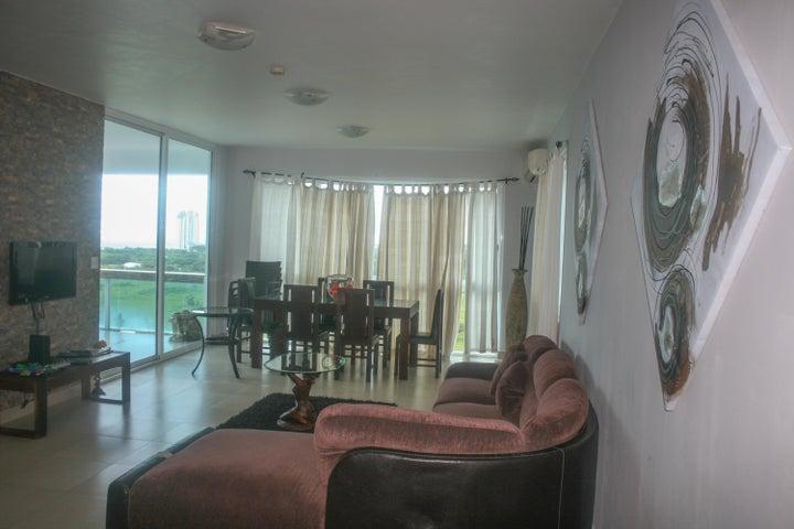 PANAMA VIP10, S.A. Apartamento en Alquiler en Playa Blanca en Rio Hato Código: 17-6253 No.1