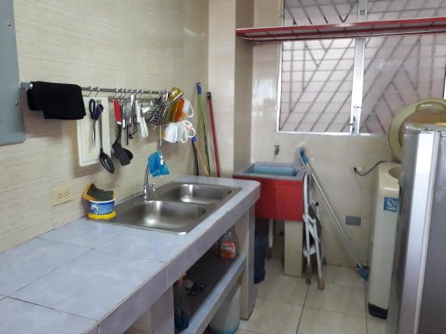PANAMA VIP10, S.A. Apartamento en Alquiler en Parque Lefevre en Panama Código: 17-6609 No.9