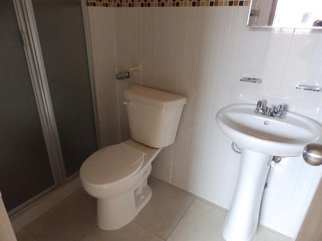 PANAMA VIP10, S.A. Apartamento en Alquiler en Llano Bonito en Panama Código: 17-6292 No.9