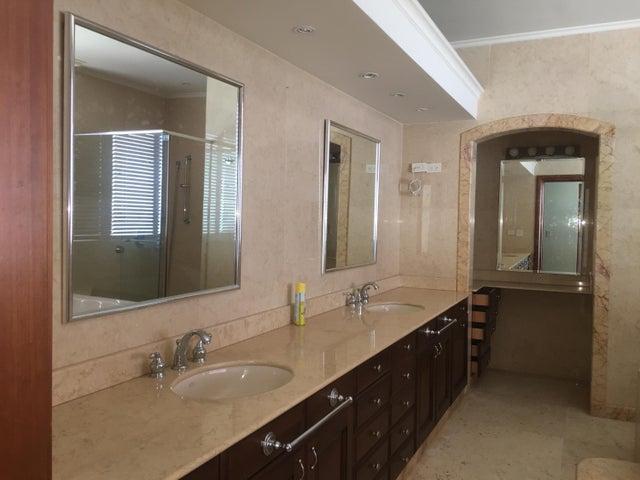 PANAMA VIP10, S.A. Apartamento en Venta en Coco del Mar en Panama Código: 17-6320 No.9
