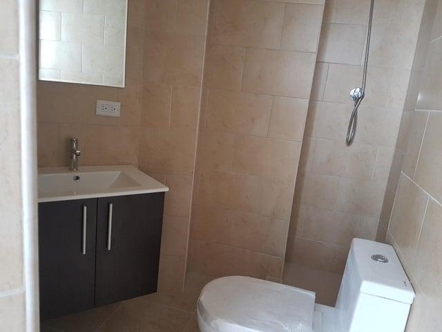 PANAMA VIP10, S.A. Apartamento en Venta en Calidonia en Panama Código: 17-6329 No.9