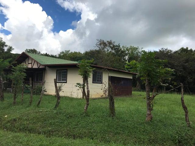 PANAMA VIP10, S.A. Casa en Venta en Chiriqui en Chiriqui Código: 17-5883 No.2