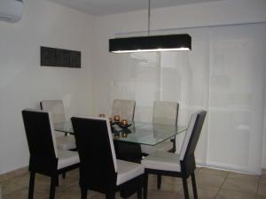 PANAMA VIP10, S.A. Casa en Alquiler en Brisas Del Golf en Panama Código: 17-6333 No.2