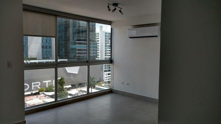 PANAMA VIP10, S.A. Apartamento en Alquiler en Obarrio en Panama Código: 17-6349 No.2