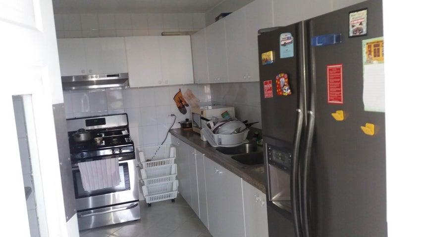 PANAMA VIP10, S.A. Apartamento en Alquiler en Paitilla en Panama Código: 17-6361 No.7