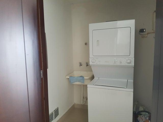 PANAMA VIP10, S.A. Apartamento en Venta en Punta Pacifica en Panama Código: 17-6379 No.7