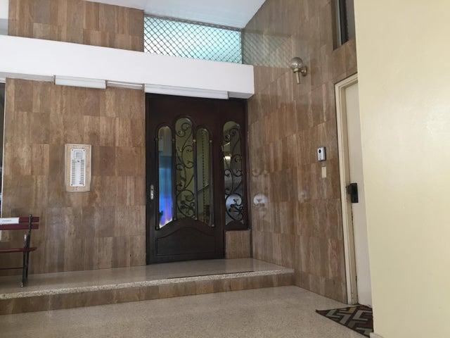 PANAMA VIP10, S.A. Apartamento en Alquiler en Paitilla en Panama Código: 17-6388 No.3
