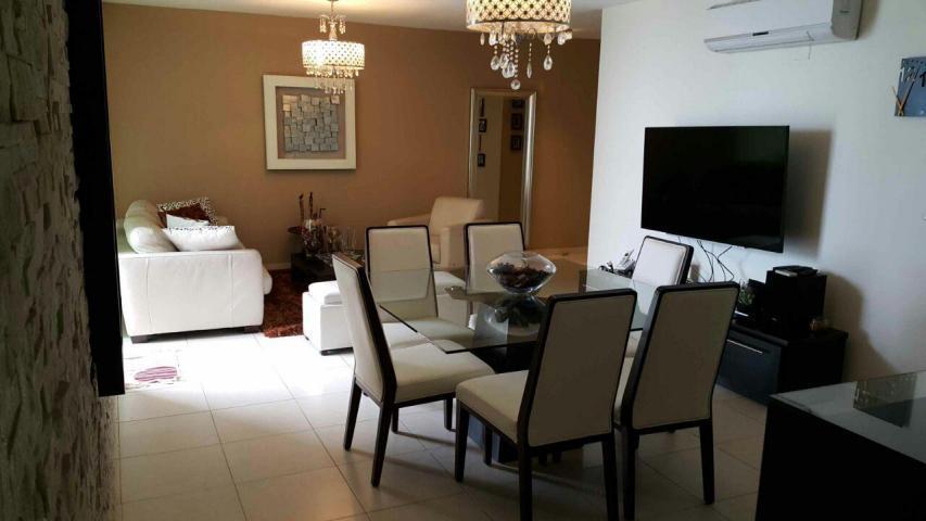 PANAMA VIP10, S.A. Apartamento en Alquiler en Punta Pacifica en Panama Código: 17-6396 No.3