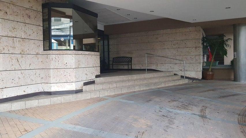 PANAMA VIP10, S.A. Apartamento en Venta en Marbella en Panama Código: 17-6397 No.1