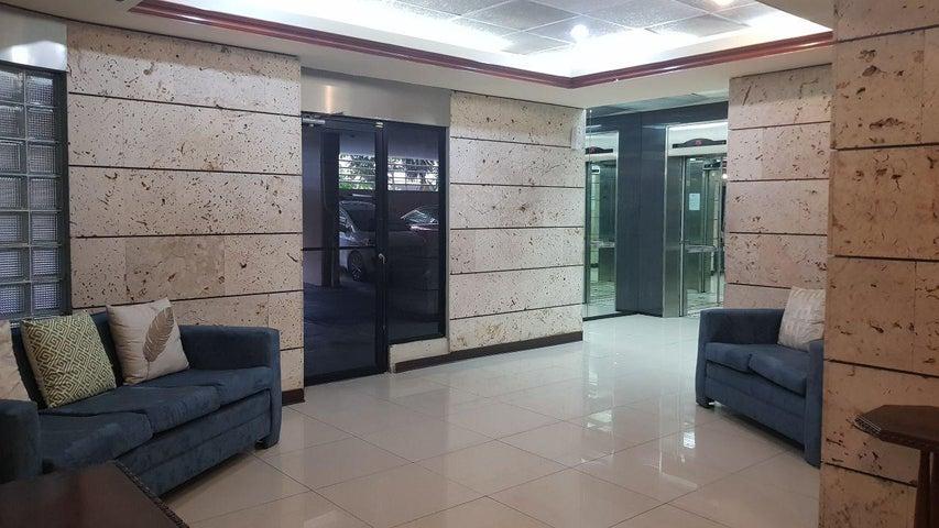 PANAMA VIP10, S.A. Apartamento en Venta en Marbella en Panama Código: 17-6397 No.2