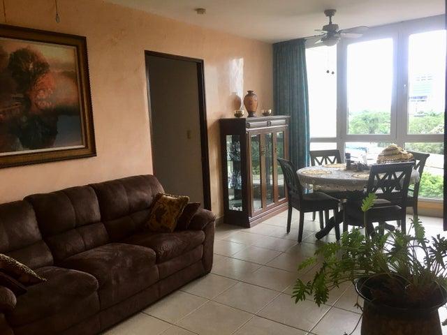 PANAMA VIP10, S.A. Apartamento en Venta en Costa del Este en Panama Código: 17-6458 No.2
