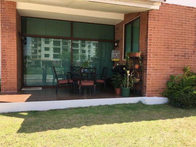 PANAMA VIP10, S.A. Apartamento en Venta en Costa Sur en Panama Código: 17-6529 No.2