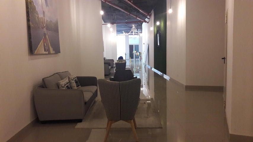 PANAMA VIP10, S.A. Apartamento en Alquiler en Avenida Balboa en Panama Código: 17-6546 No.1