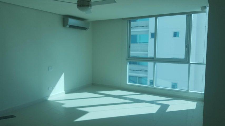 PANAMA VIP10, S.A. Apartamento en Alquiler en Costa del Este en Panama Código: 17-6555 No.4