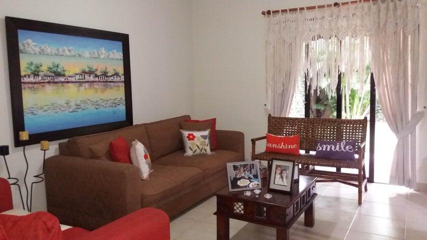 PANAMA VIP10, S.A. Casa en Venta en Versalles en Panama Código: 17-6560 No.4