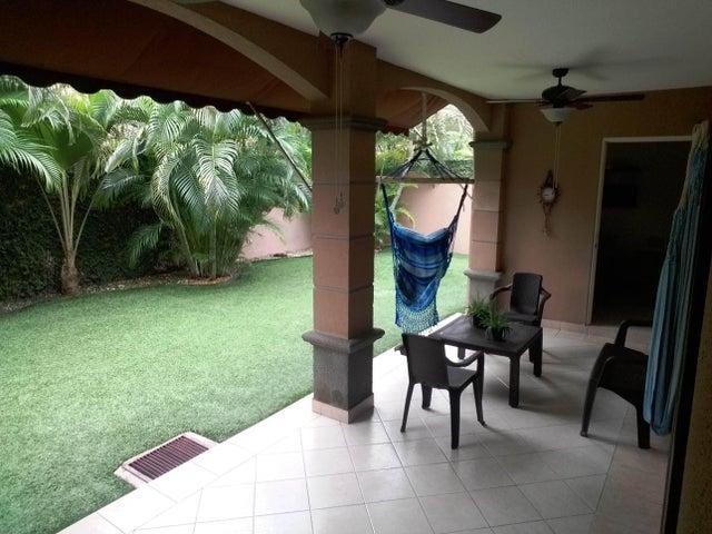 PANAMA VIP10, S.A. Casa en Venta en Versalles en Panama Código: 17-6560 No.6