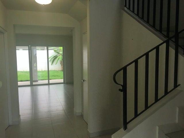 PANAMA VIP10, S.A. Casa en Alquiler en Versalles en Panama Código: 17-6563 No.1