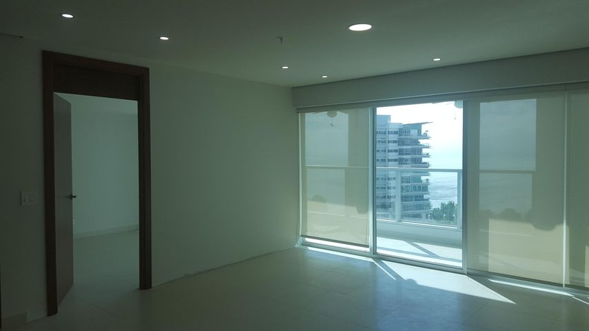 PANAMA VIP10, S.A. Apartamento en Venta en Costa del Este en Panama Código: 17-6577 No.9