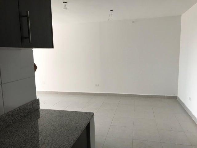 PANAMA VIP10, S.A. Apartamento en Alquiler en Carrasquilla en Panama Código: 17-6595 No.9