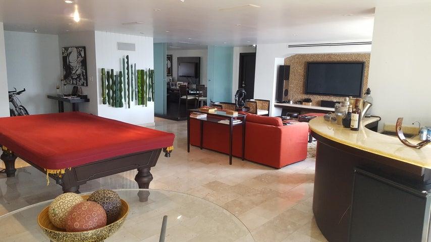 PANAMA VIP10, S.A. Apartamento en Venta en Marbella en Panama Código: 17-6624 No.2