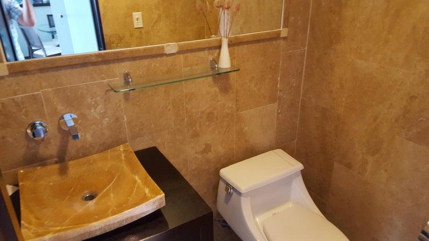 PANAMA VIP10, S.A. Apartamento en Venta en Marbella en Panama Código: 17-6624 No.6