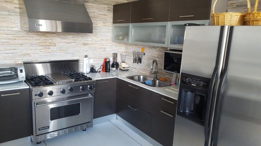 PANAMA VIP10, S.A. Apartamento en Venta en Marbella en Panama Código: 17-6624 No.7