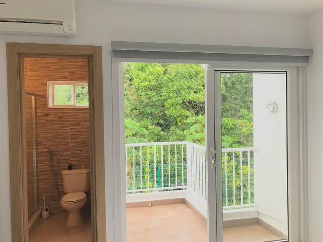 PANAMA VIP10, S.A. Casa en Venta en Brisas Del Golf en Panama Código: 17-6629 No.8
