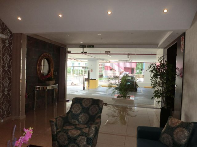 PANAMA VIP10, S.A. Apartamento en Alquiler en Carrasquilla en Panama Código: 17-6641 No.5