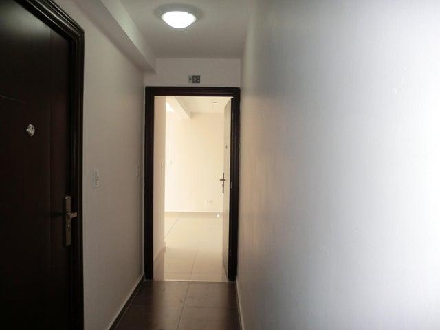 PANAMA VIP10, S.A. Apartamento en Alquiler en Carrasquilla en Panama Código: 17-6641 No.8