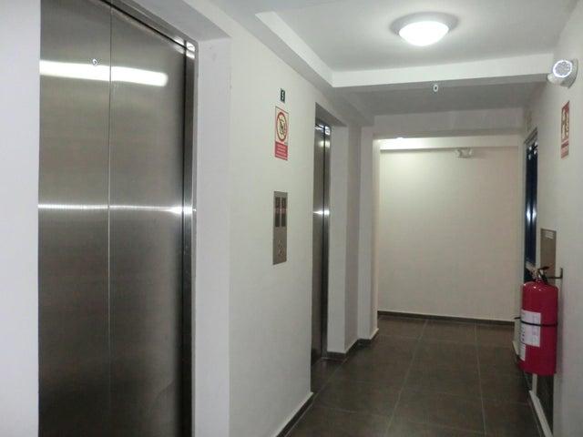 PANAMA VIP10, S.A. Apartamento en Alquiler en Carrasquilla en Panama Código: 17-6641 No.7