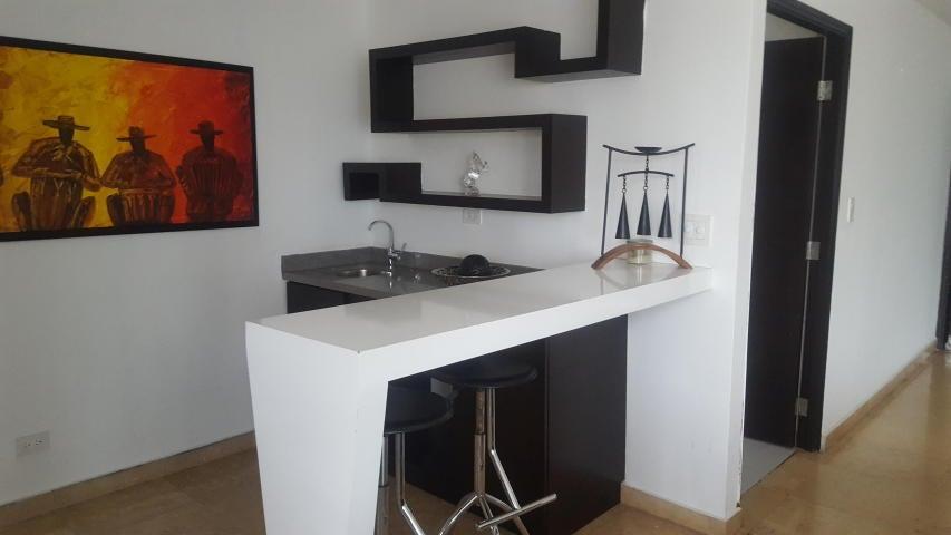 PANAMA VIP10, S.A. Apartamento en Venta en Marbella en Panama Código: 17-6643 No.3