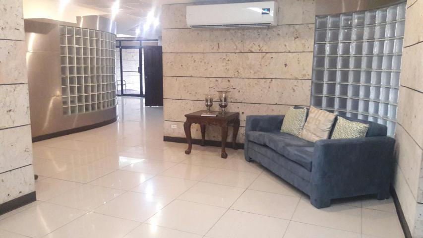 PANAMA VIP10, S.A. Apartamento en Venta en Marbella en Panama Código: 17-6643 No.1