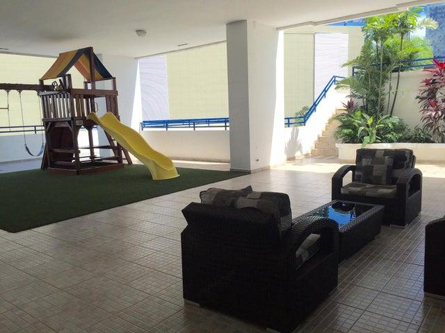 PANAMA VIP10, S.A. Apartamento en Venta en Costa del Este en Panama Código: 17-6668 No.3