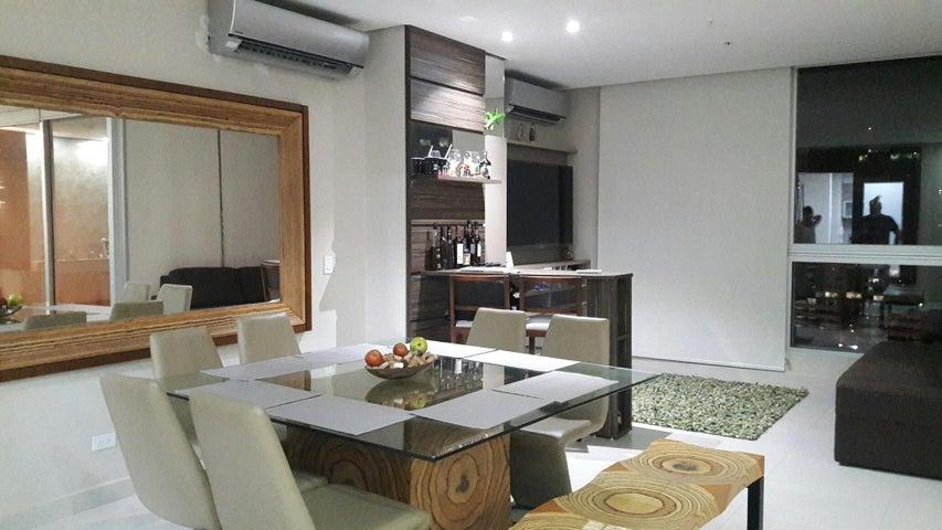 PANAMA VIP10, S.A. Apartamento en Venta en Marbella en Panama Código: 17-6688 No.7