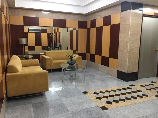 PANAMA VIP10, S.A. Apartamento en Alquiler en El Cangrejo en Panama Código: 17-6689 No.1