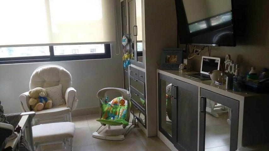 PANAMA VIP10, S.A. Apartamento en Venta en Albrook en Panama Código: 17-6695 No.7