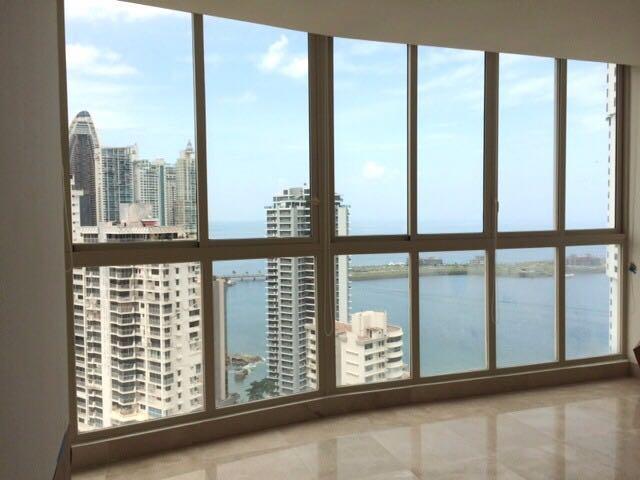 PANAMA VIP10, S.A. Apartamento en Alquiler en Paitilla en Panama Código: 17-6840 No.7