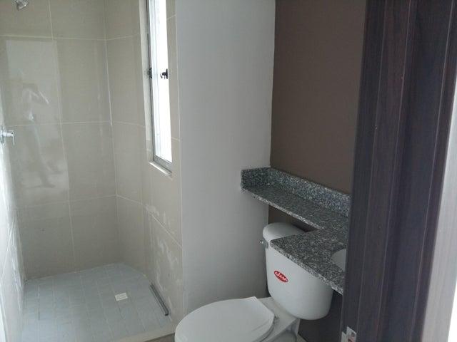PANAMA VIP10, S.A. Apartamento en Venta en Via Espana en Panama Código: 18-54 No.9