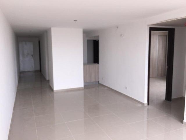 PANAMA VIP10, S.A. Apartamento en Venta en Via Espana en Panama Código: 18-56 No.4