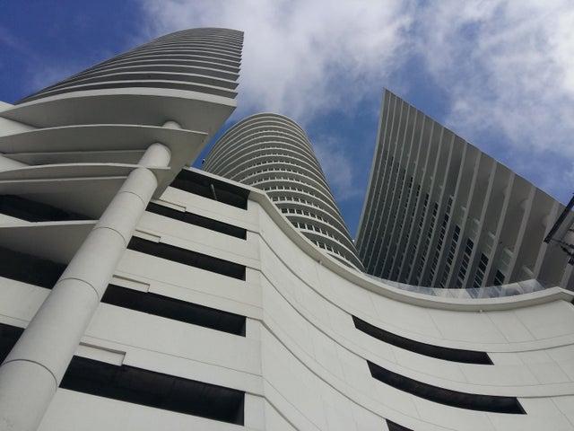 Apartamento / Venta / Panama / Calidonia / FLEXMLS-18-90