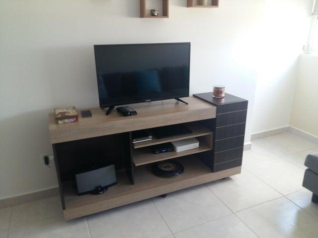 PANAMA VIP10, S.A. Apartamento en Venta en Calidonia en Panama Código: 18-90 No.5