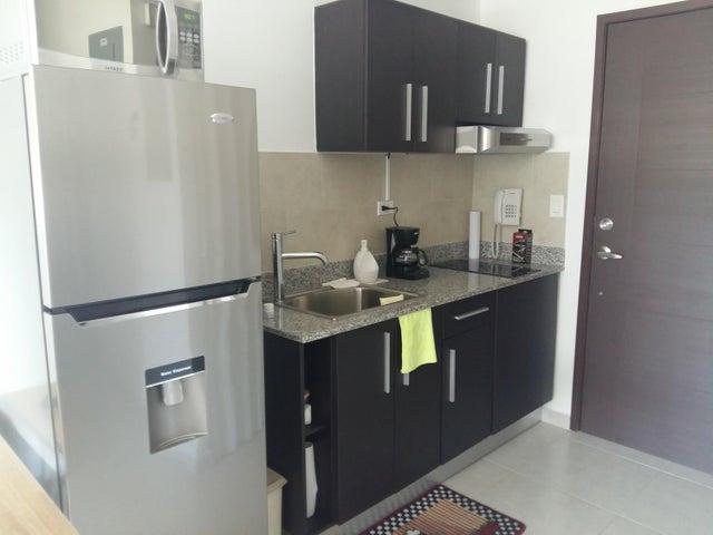 PANAMA VIP10, S.A. Apartamento en Venta en Calidonia en Panama Código: 18-90 No.6