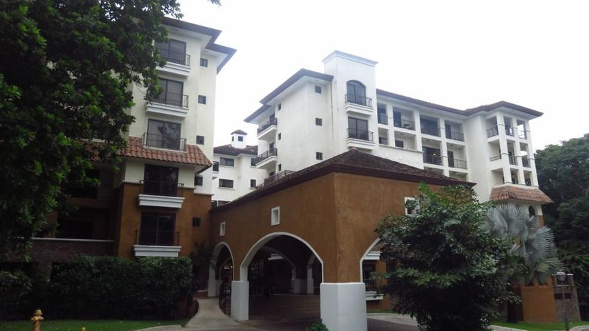 Apartamento en Alquiler en Clayton