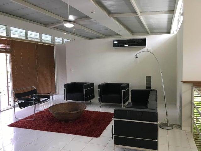 PANAMA VIP10, S.A. Casa en Venta en Coronado en Chame Código: 18-140 No.3