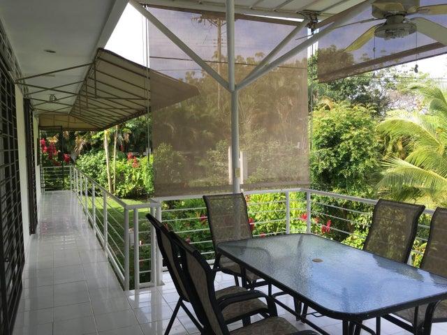 PANAMA VIP10, S.A. Casa en Venta en Coronado en Chame Código: 18-140 No.7
