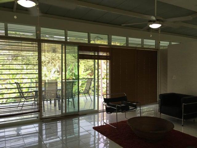 PANAMA VIP10, S.A. Casa en Venta en Coronado en Chame Código: 18-140 No.5